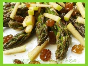 2-salade d'asperges vertes et raisins sultanines OK